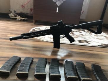 G&G Predator M4 CM16