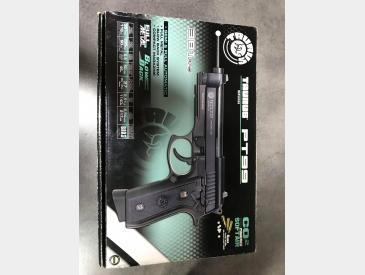 Pistol Taurus PT99 - 2
