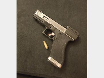 Pistol Glock 17 Wet - 3