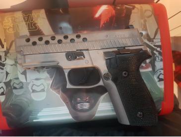 Pistol KJW P229