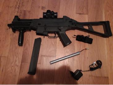 Replica H&K UMP M89A + Red dot