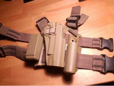 Colt m1911A1 airsoft kjw + Holster + Laser - 4