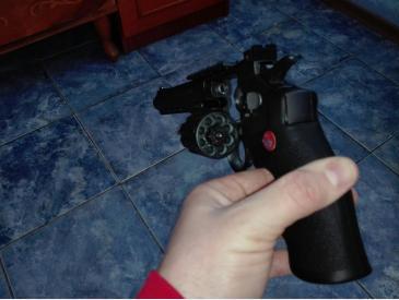 Pistol airsoft revolver - 2