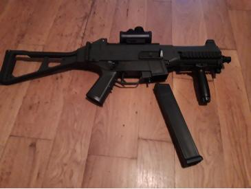 Replica H&K UMP M89A + Red dot - 2