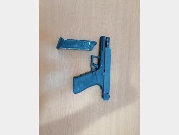 Glock 18c we greengas 2 mag+toc - 3