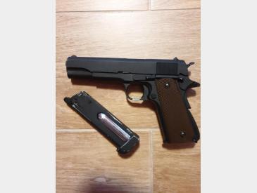 Pachet Colt 1911 KJW + TOC + 2 INCARCATOARE