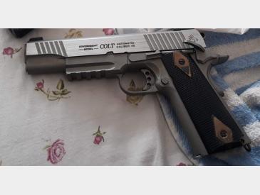 Pistol colt co2